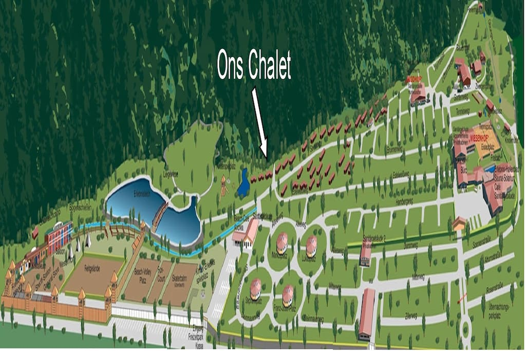 Overview over the park and it's Facilities, including Western Fort and outside swimming lake