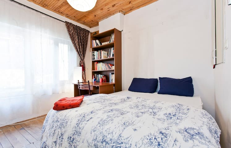 Cosy Room-Double Storey in Istanbul - Istanbul - Talo