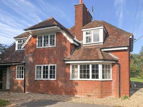 Casa grande para famílias desde £ 125/diária