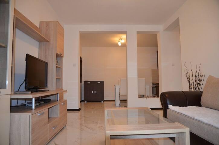 1bedr. suite 1810 Rakita, Budva - Budva - Apartamento