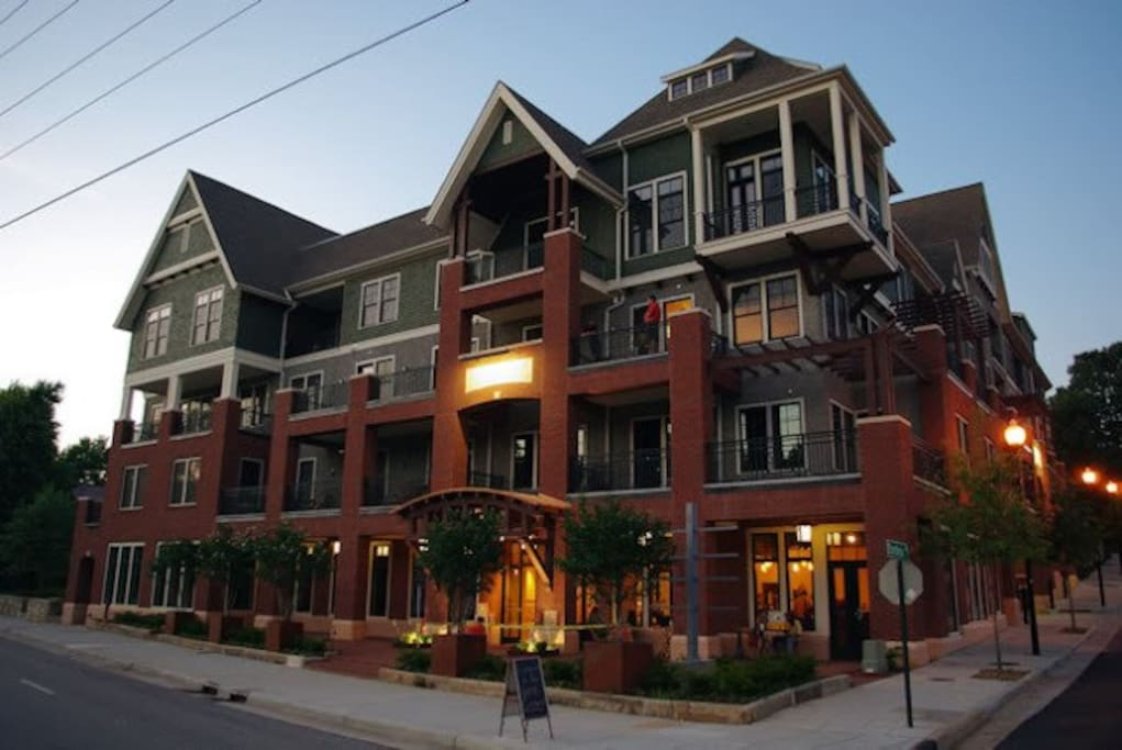 Downtown Asheville 2 Bed 2bath Unit For Rent