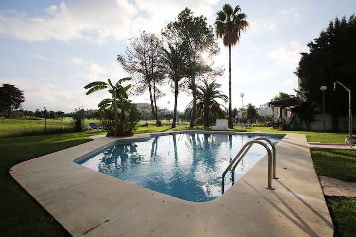 LOS NARANJOS GOLF, NUEVA ANDALUCIA - Marbella - Hus