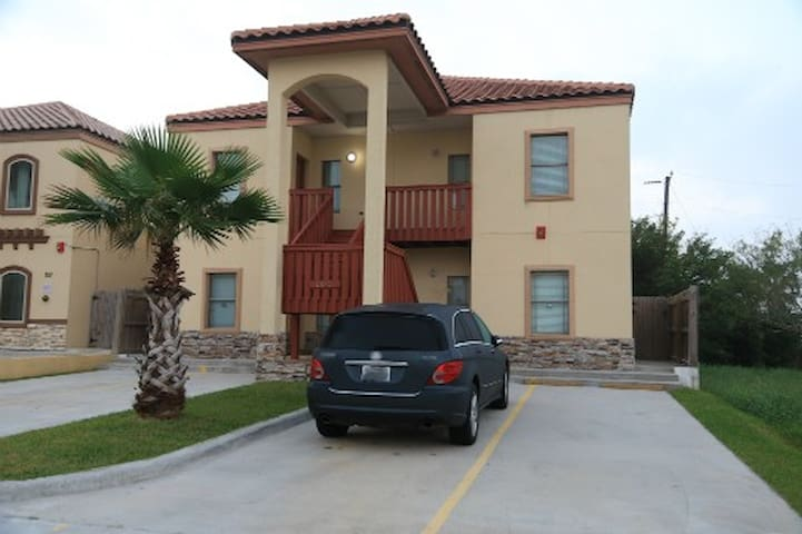 Close to beach and entertainment - South Padre Island
