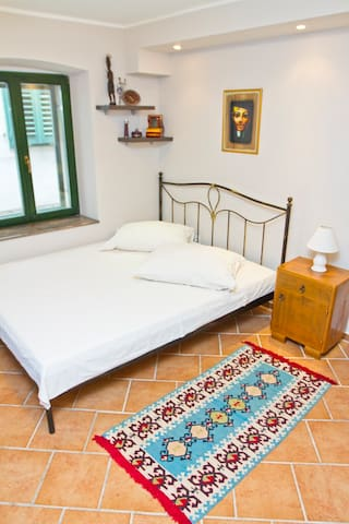 Apartment for 2, historical centre