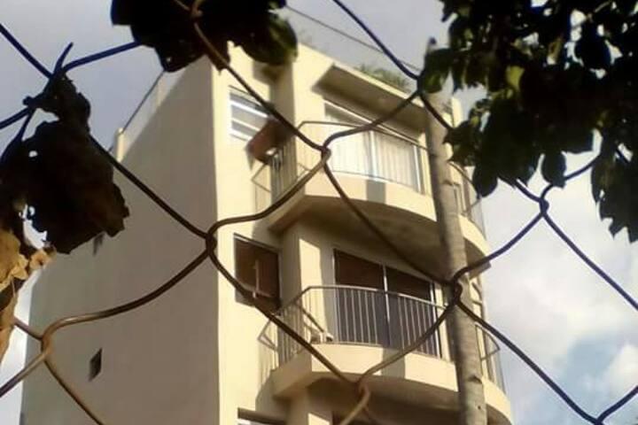 Ampid 1 San Mateo 2BR apartment