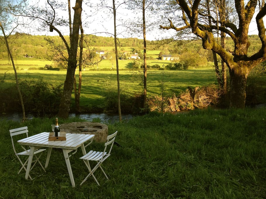 39 moulin du reuil 39 bourgogne morvan bed breakfasts te huur in la grande verri re bourgondi - Verriere kamer ...