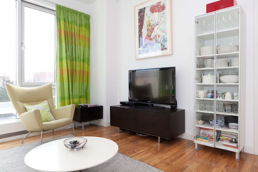 55-inch TV, DVD player, complimentary Wi-Fi, Geneva radio