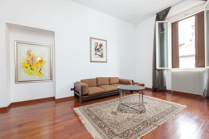 MILAN CENTER - Milan - Apartment