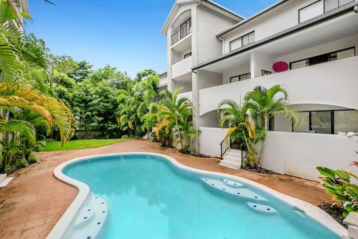 Cairns Resort Style Apartment - Parramatta Park - Lejlighed