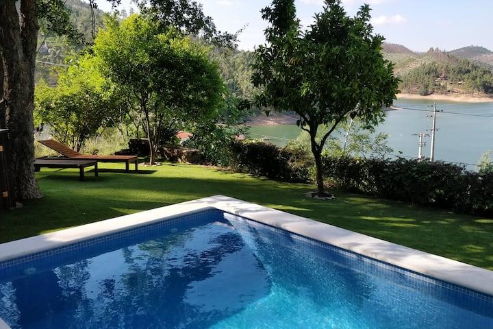 Maison du lac Castelo do Bode