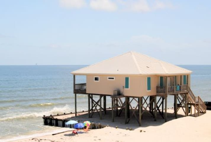 West Beach - Gulf-front 4 Bedroom Home on the Gulf of Mexico Beach