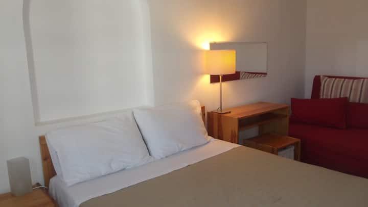 Kyfanta, Studio and Apartments.
