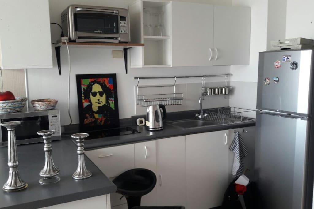 Área de cocina full equipada