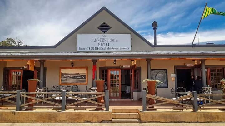 The Wakkerstroom Hotel
