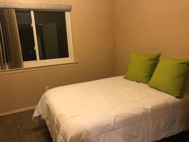 Private 1 bedroom with full-size bed & bathroom.