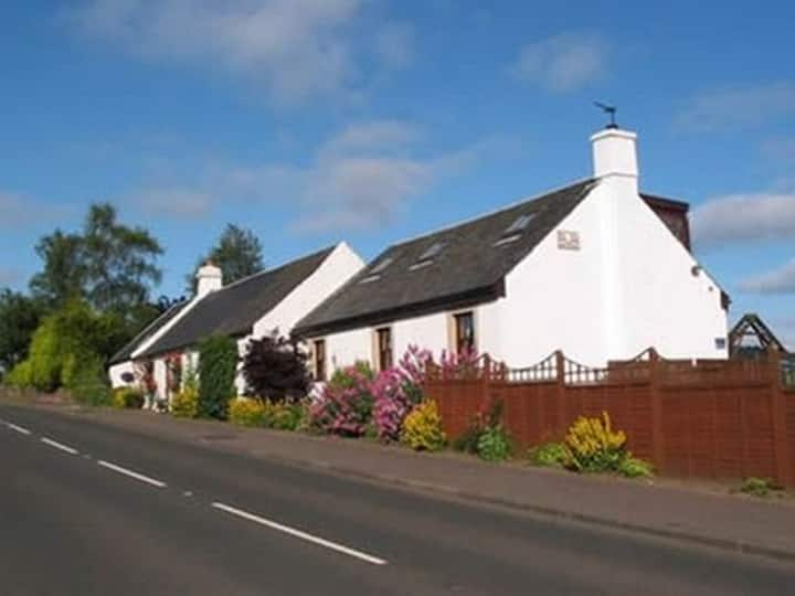 Double Room at Ardoch Cottage Bed and Breakfast