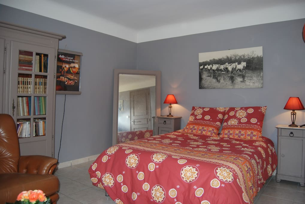 Chambre canto soul u maisons louer arles provence for Chambre a arles