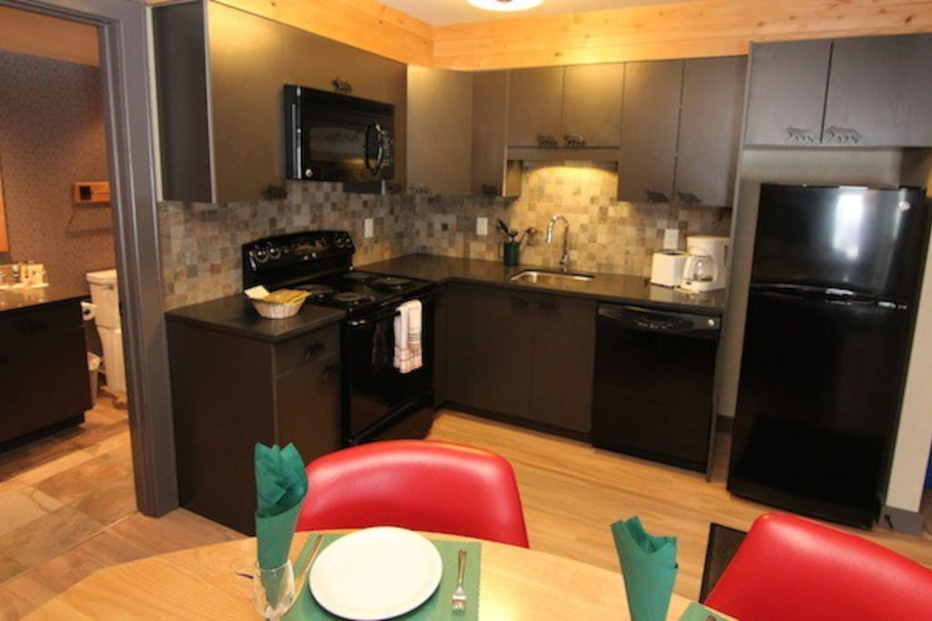 Enjoy cooking in the comforts of this kitchen with modern amenities.