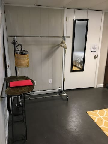 PRIVATE clothes hanging rack