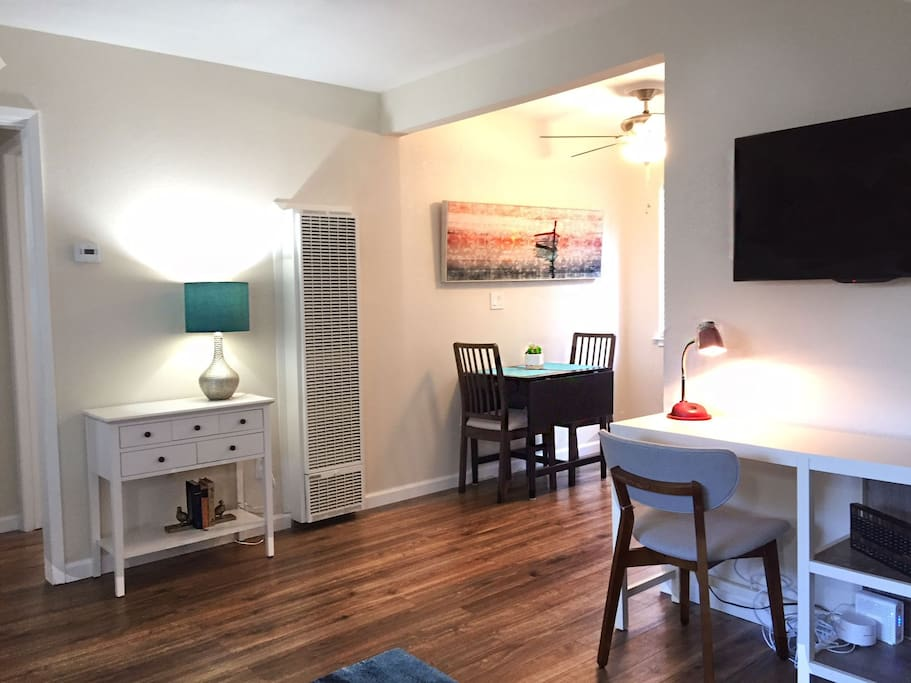 """Entry table, Workstation, and 40"""" HDTV w/Roku and Netflix"""
