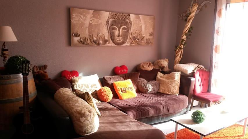 Chambre proche de toutes commodités - Perpignan - Huis
