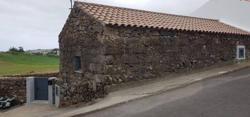 Chestnut Brown Villa, São Miguel, Azores