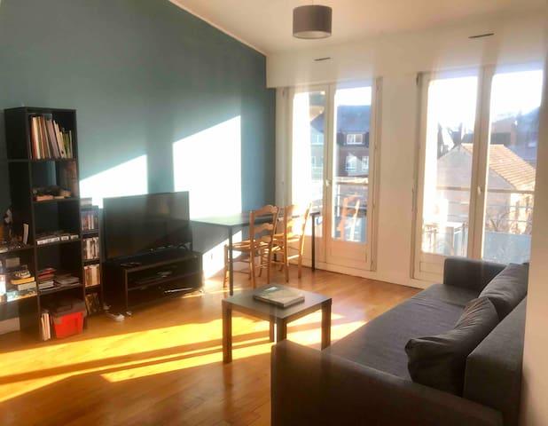 Bel appartement avec terrasse en hypercentre, 47m2