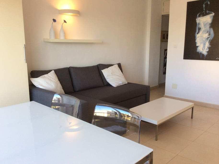 Beautiful modern apartment 1 bed with pool appartements for Beds 4 u malaga