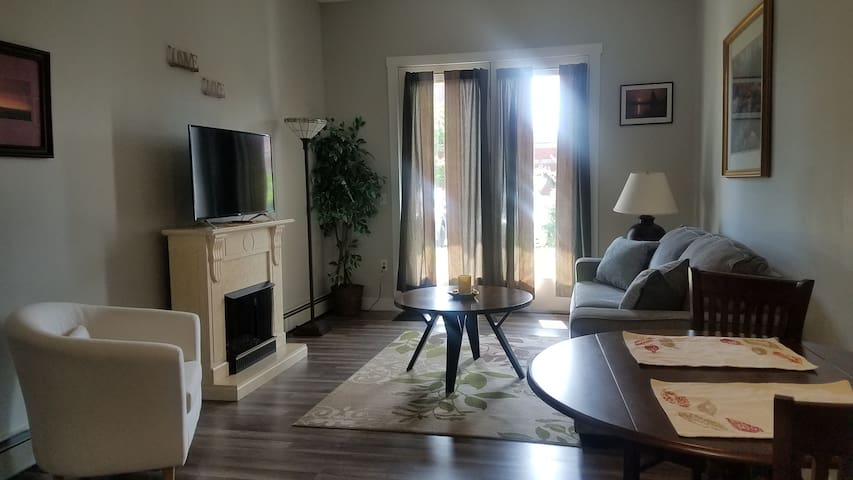 1 bdr., newly redone, 1st flr, safe apartment