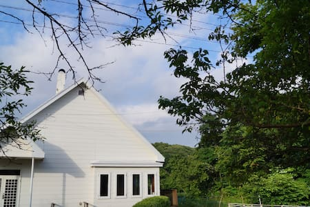 Open-air Natural Spa Taro House_源泉掛流露天風呂付 かんの家タロ邸