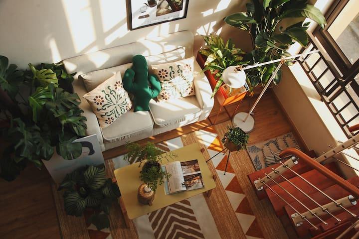 【一刻馆·笋芽】近机场、地铁商圈内绿植满满的日式loft温馨空调公寓,免费洗衣做饭。密码门锁安全方便