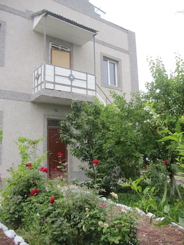 Apartment in north-west Yerevan - Erivan - Daire