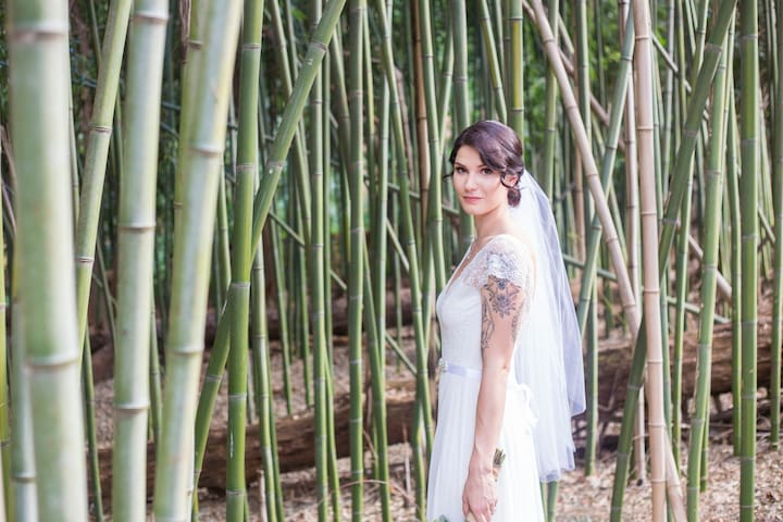 Gorgeous bride in the bamboo forest