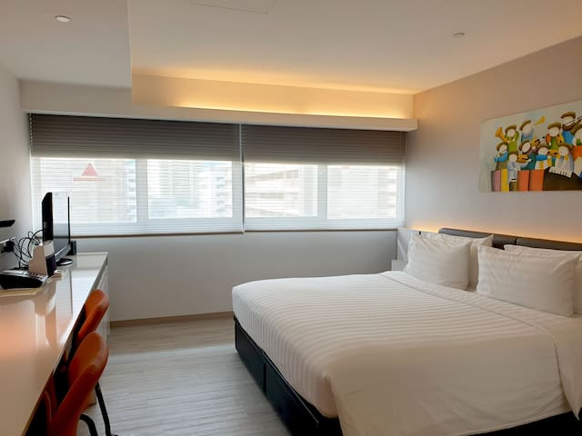 Modern Serviced Apartment in city center singapore