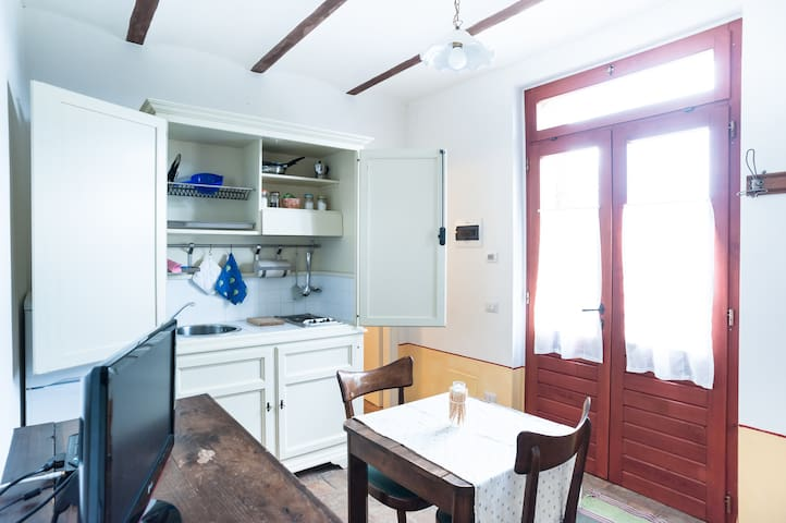 apartment for 2 in a farmhouse - Città di Castello - Appartement