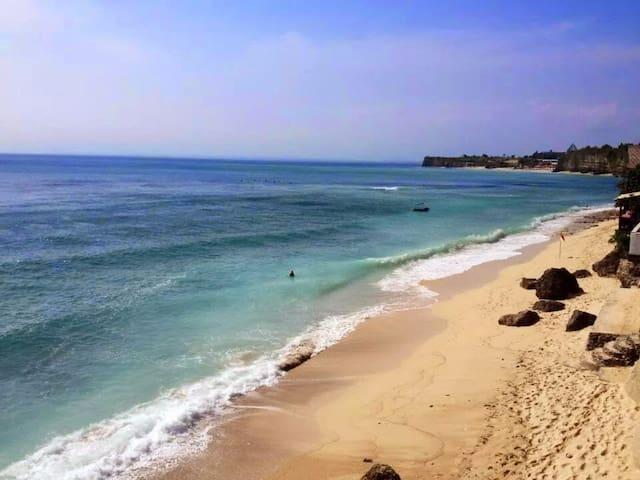 Summer's Beach House - Bingin - Kuta Selatan - Casa