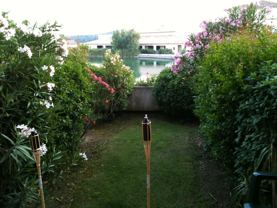 Le jardin & sa terrasse
