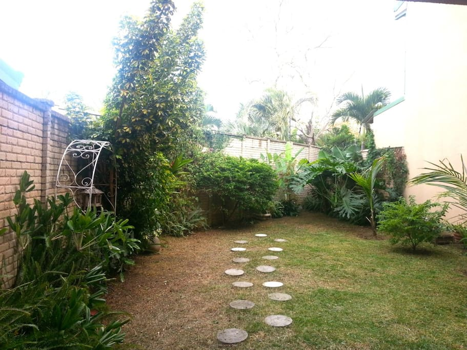 Garden with laundry room to the right