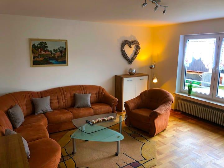 Ferienwohnungen / Ferienhaus Adelsried - OG