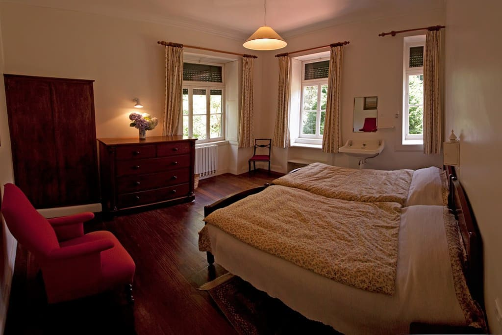 santo joo da madeira dating site Luxury holiday hotels in madeira dating back to the 19th century, quinta da casa branca five-star boutique very close to the airport and santo da serra.