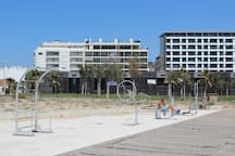 First Line Beach apartment-Harry Palace