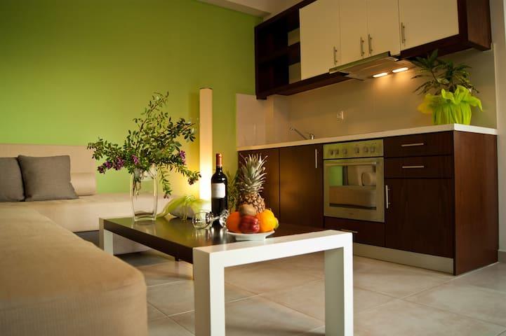 One bedroom suite - Esthisis suites - Platanias - โรงแรมบูทีค