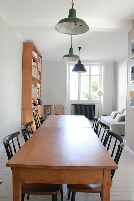 Dining room up to 10 persons.