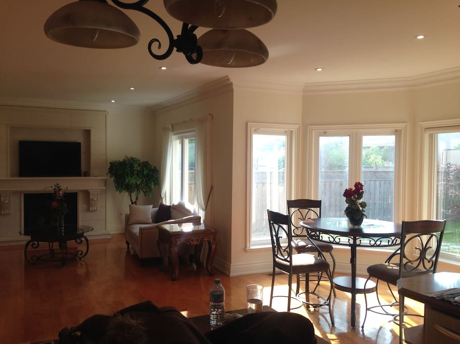 Common Area Dining Room