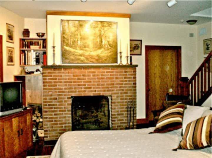 Whistler's Inn/The Evergreen Room (#15)