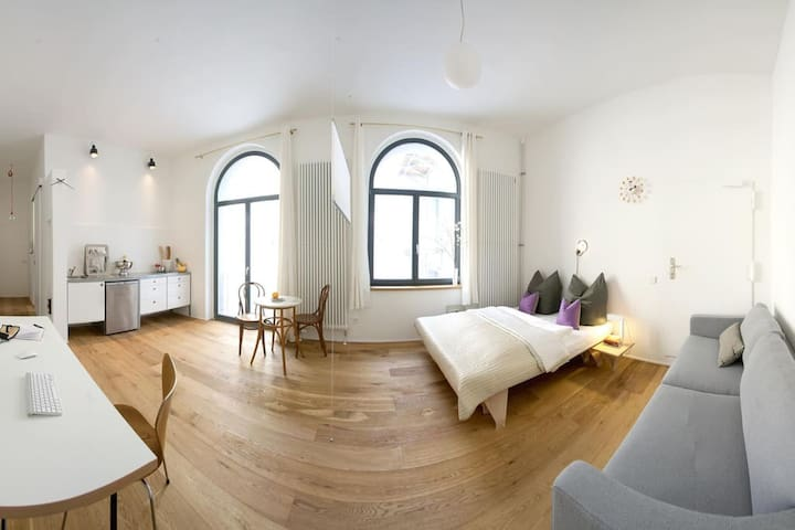 1 Room Design Apartment in Prenzlauer Berg