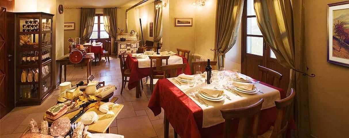 B&B nel cuore del Piemonte - Valcasotto - Bed & Breakfast