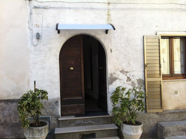 Mini appartamento centro storico - Caramanico Terme - Departamento