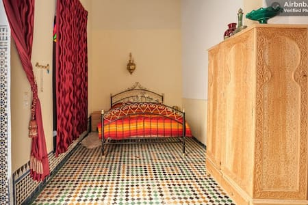 LAST MINUTE! top room for top value - Fes
