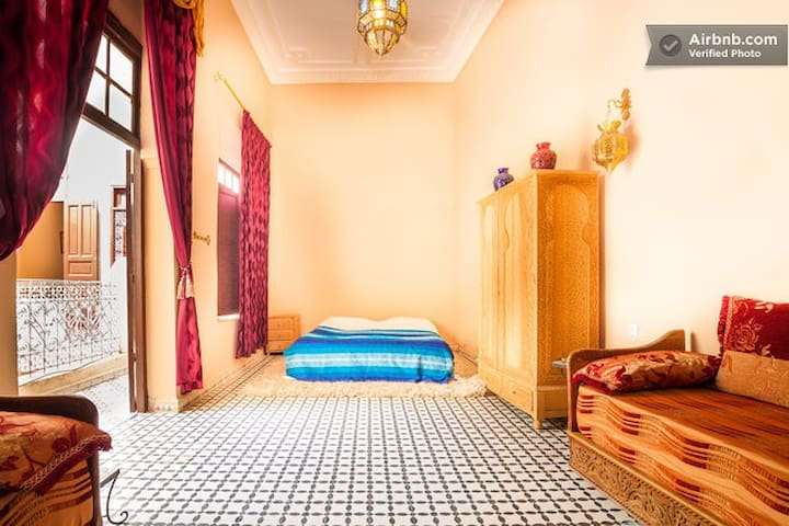 Huge and beautiful for rent in a riad!